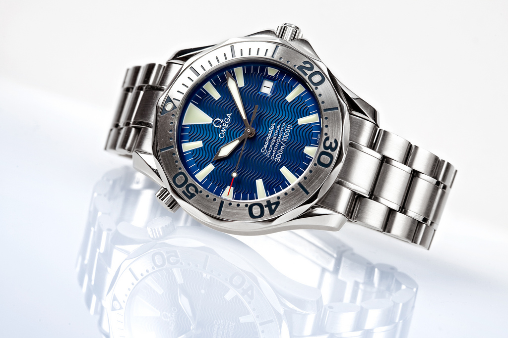How to Choose a Good Dive Watch - Omega Seamaster with Titanium Case and Bezel