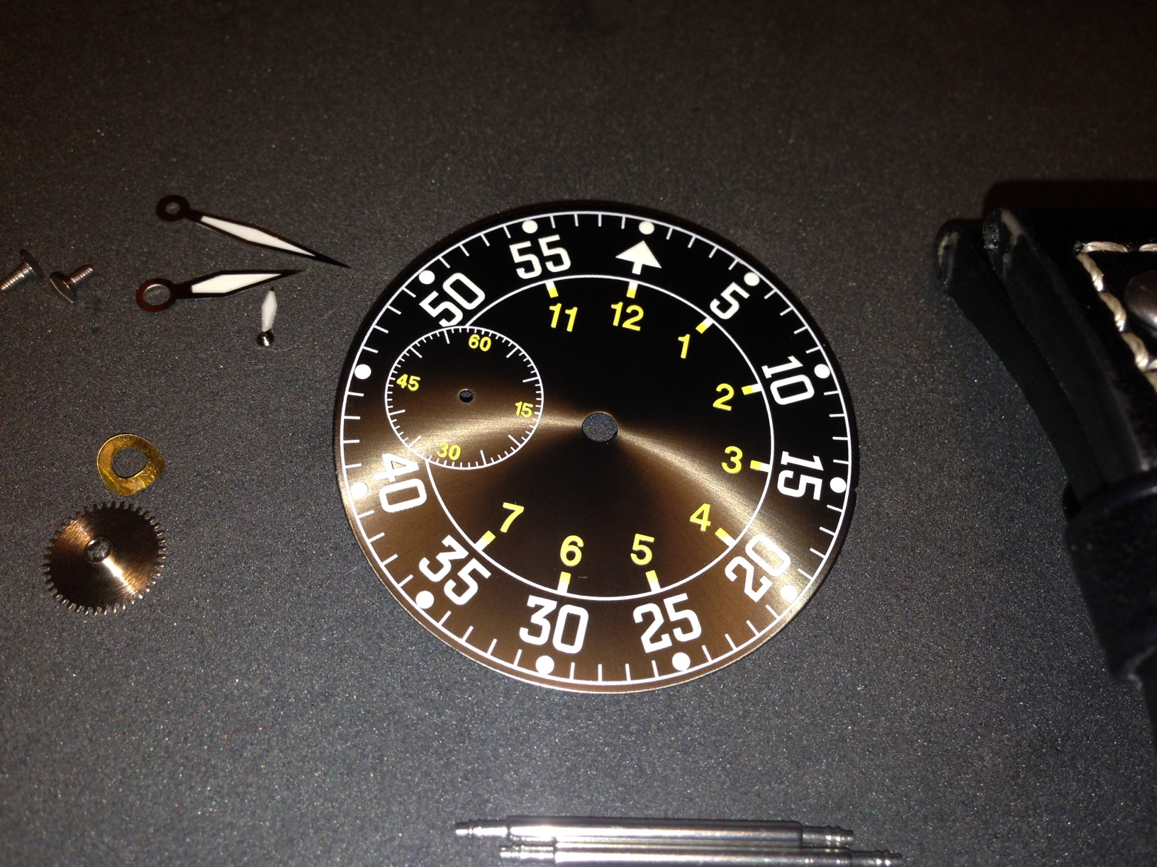How to build your own mechanical watch - Dial & Hands